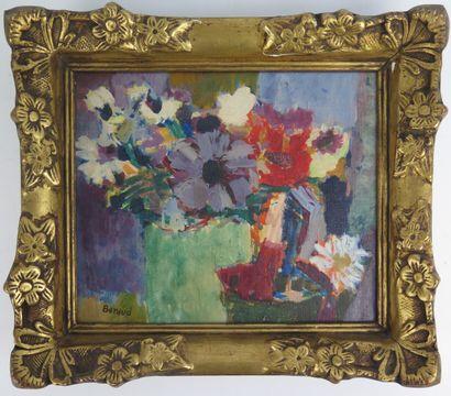 BERAUD.  Bouquet de fleurs.  Huile sur toile,...