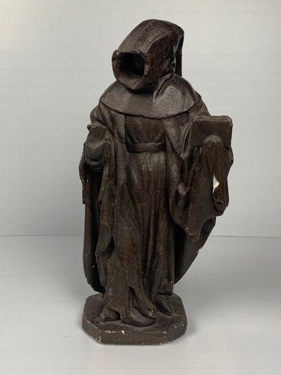 Sculpture en plâtre patiné figurant un moine...