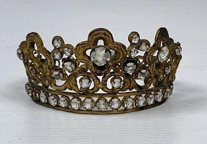 Demie-couronne de statuaire religieuse, ornée...