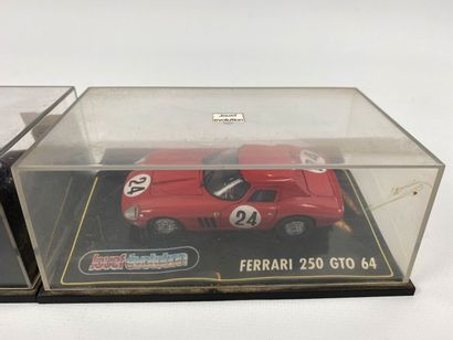 JOUEF EVOLUTION.  Lot de 2 véhicules miniatures 1/43e.  FERRARI 250 GTO et FERRARI...