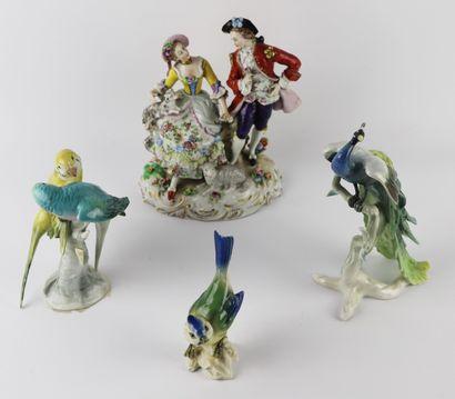 ALLEMAGNE.  Trois statuettes en porcelaine,...
