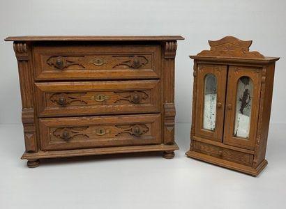 Mobilier de poupée en bois comprenant une...