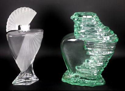 Jean-Claude JITROIS.  Pour femme, le parfum....