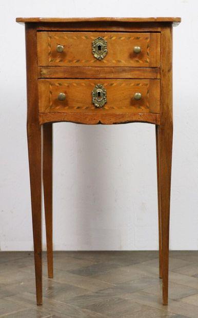 Table de chevet en bois naturel et marqueterie...