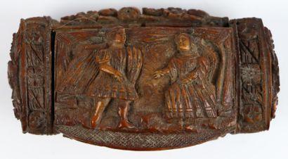 Tabatière en noix de corozo sculptée à décor...