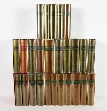 BIBLIOTHEQUE DE LA PLÉIADE. 26 vol. comprenant...