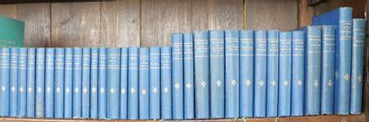 Ensemble de 32 ouvrages reliées en toile...