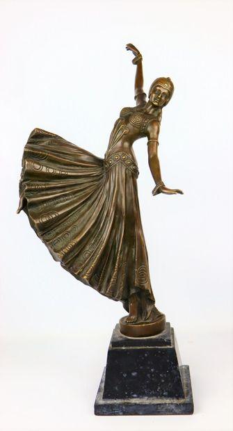 Demeter CHIPARUS (188--1947), d'après.  Danseuse....