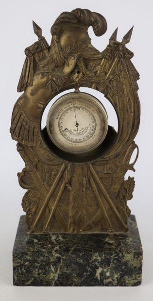 Porte-montres en bronze doré, reposant sur...