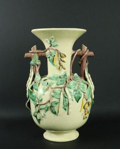 SAINT HONORE LES BAINS.  Vase à panse renflée...