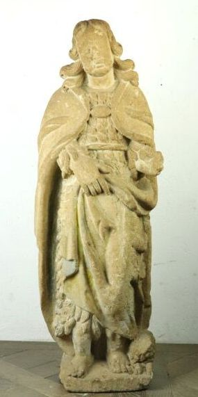 Saint Jean-Baptiste et l'agneau.  Belle sculpture...