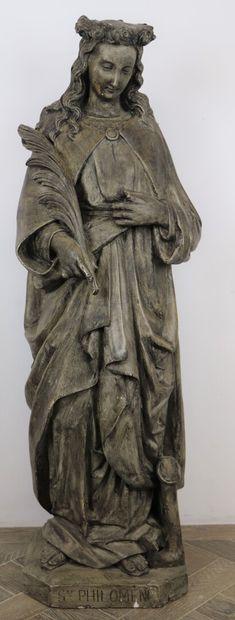 Grande statue en plâtre patiné représentant...