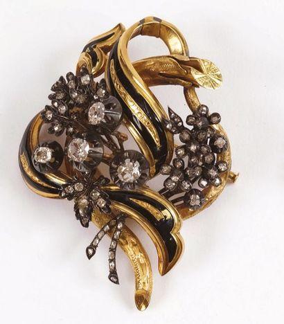 Importante BROCHE en forme de fleurs en diamants...