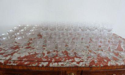 Service de verres sur pied en cristal, décor...