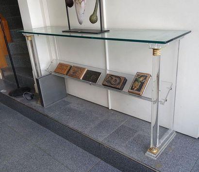 Console en plexiglass à colonnettes détachées,...