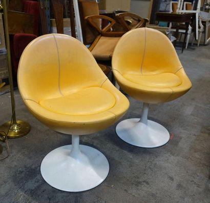 JOHANSON Design, Suède. Paire de chaises...