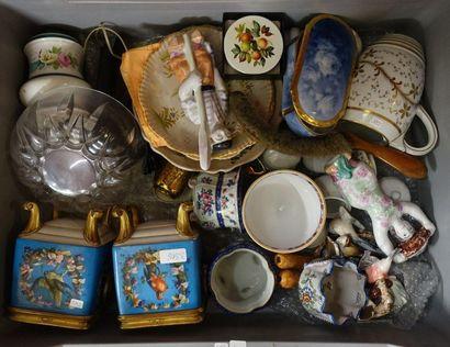 Mannette de ceramique diverse: Paire de...