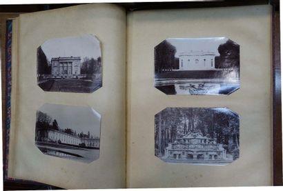 Deux albums de photos XIXe siècle: Navires et famille.
