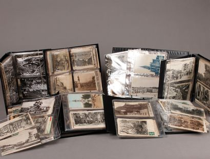Lot of TEN LITTLE ALBUMS of old postcards,...