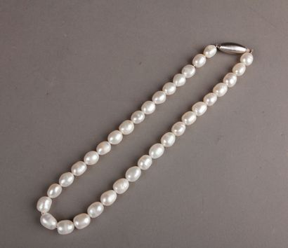 freshwater cultured pearl necklace, olive...