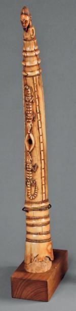 Oliphant Baoulé. Imposante trompe dont la...
