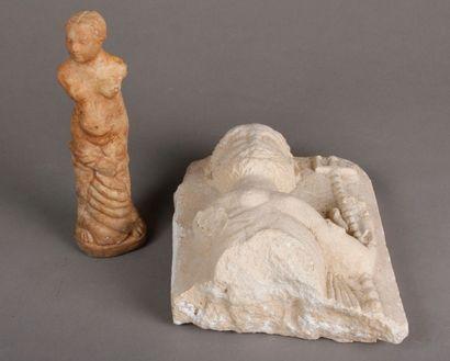 Statue en pierre de style romain. Joint:...