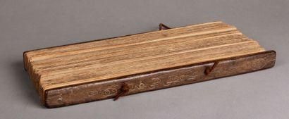 Livre de prière Birman. L. 38cm