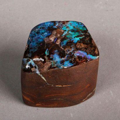 Opale brute. Pds 124 g