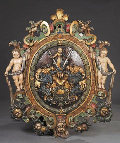 Relief en bois sculpté doré et laqué à décor...