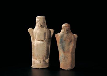 LOT composé de deux statuettes de divinités...