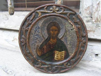 DEISIS. 5 médaillons avec encadrement sculpté:...