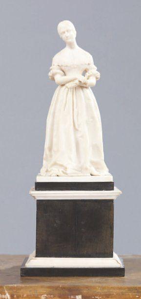 Attribué à Jean Auguste Barre (1811 -1896) Marie d'Orléans Ivoire sculpté reposant...