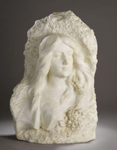 HAUT-RELIEF en marbre blanc sculpté représentant...