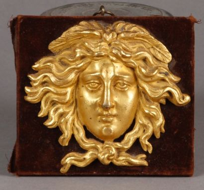 MASQUE de Mercure en bronze doré, remonté...