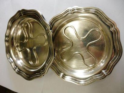 PAIRE DE DESSOUS DE BOUTEILLE cinq contours filet métal argenté fabricant ROUX MARQUIAND...