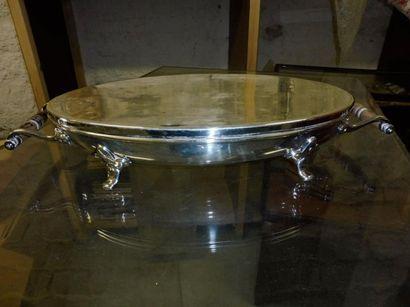 MILIEU DE TABLE ou CHAUFFE PLAT de forme ovales doté de 2 poignées latérales porté...