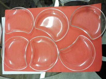 12 CROISSANTS A SALADE verre clair H : 1,5 cm – 15,8 x 12,5 cm (parfait état)