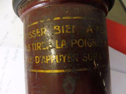UN DES PREMIER ASPIRATEUR FRANÇAIS corps...