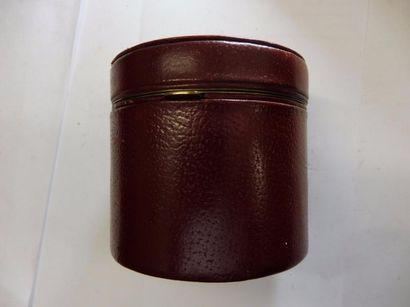 5 PIPES : racine de bruyère de marque ROPP, LMB, ARLANE et en porcelaine avec couple...