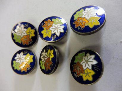 6 Boutons moyen décor ''aux quatre feuilles...