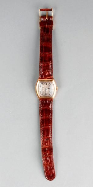 MONTRE bracelet d'homme des années 1930,...