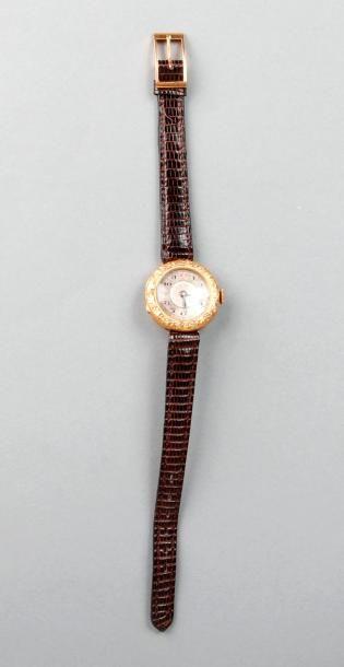 MONTRE bracelet de dame des années 1910,...