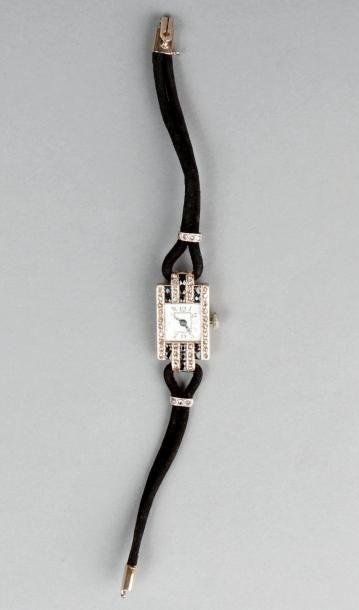MONTRE bracelet de dame des années 1920,...