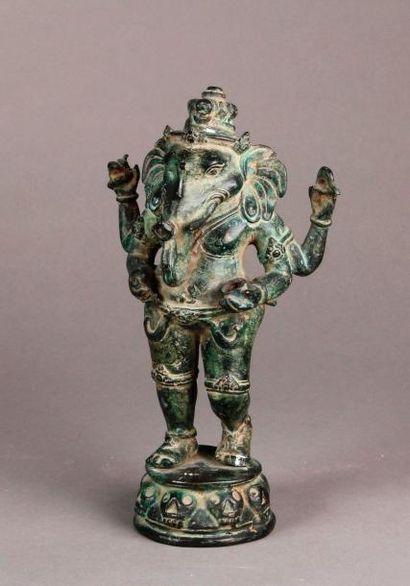 SUJET en bronze représentant le dieu Ganesha...