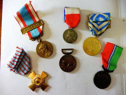 LOT de 6 médailles: Commerce et industrie,...