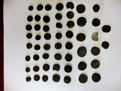 5 LOTS de 52 petites pièces en bronze, d'époque...