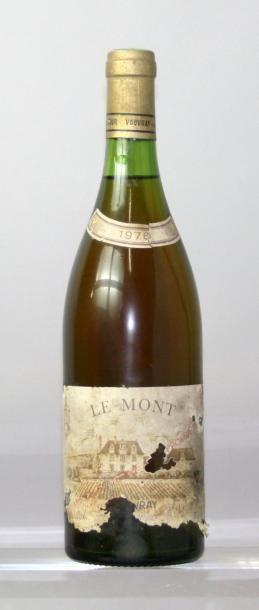 """Une bouteille VOUVRAY """"Le Mont"""" - Domaine..."""