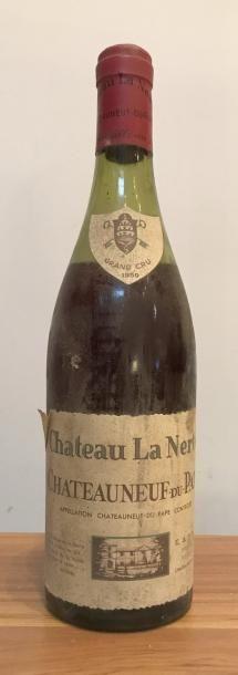 Une bouteille CHATEAUNEUF DU PAPE - LA NERTE...