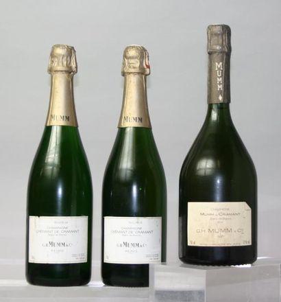 Trois bouteilles: deux Champagne MUMM CREMANT...