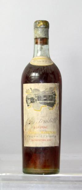 Une bouteille CLOS FOMBILLE - LOUPIAC 1943....